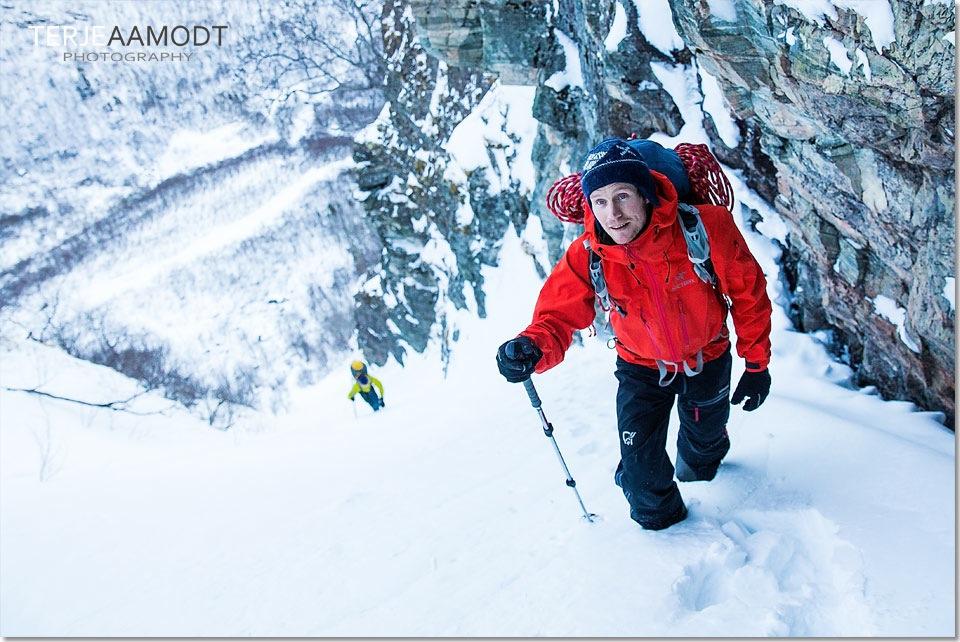 ice_climbing_mardalsfossen_0003.JPG