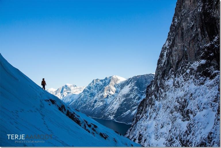 ice_climbing_mardalsfossen_0008.JPG