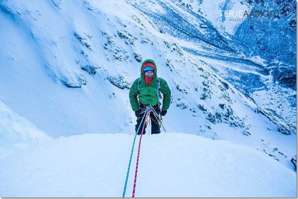 ice_climbing_mardalsfossen_0019.JPG